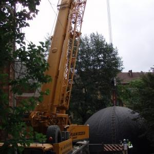 Budowa i ustawienie kopuły (06-07.2006)-1