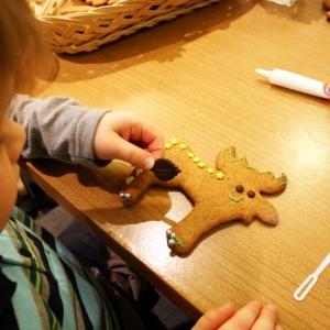 Dekorowanie świątecznych pierniczków-16