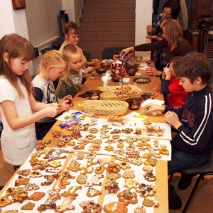 Dekorowanie świątecznych pierniczków (14.12.2012)