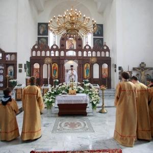 Nabożeństwo żałobne za ofiary katastrofy w Smoleńsku (11.04.2010)-2