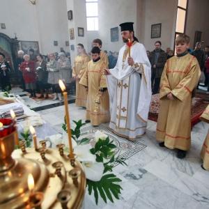 Nabożeństwo żałobne za ofiary katastrofy w Smoleńsku (11.04.2010)-6