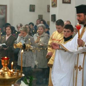 Nabożeństwo żałobne za ofiary katastrofy w Smoleńsku (11.04.2010)-8